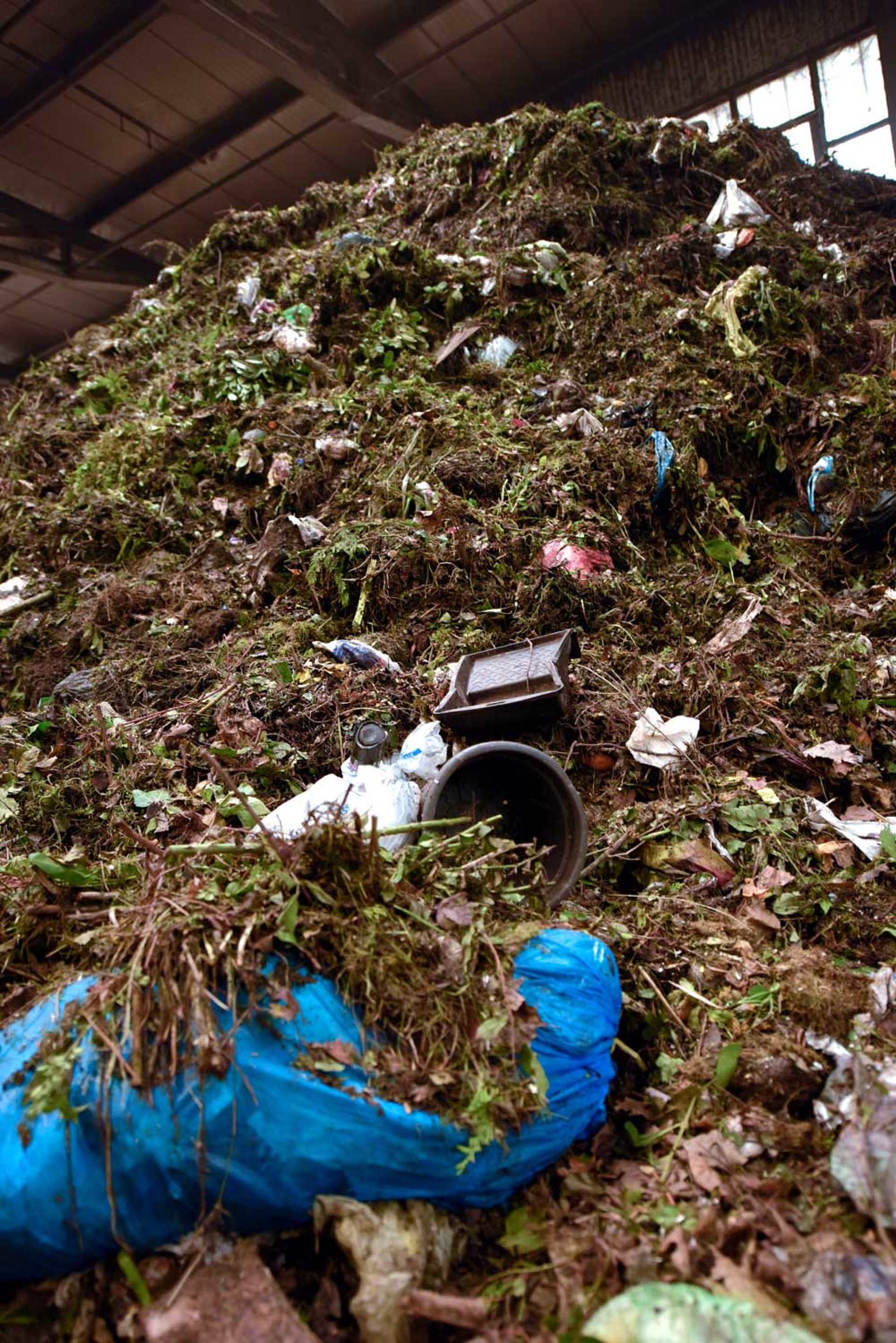 kompost-aufbereitung: steinert liefert baustein zur herstellung von